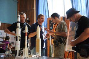 wystawa Dogonić kosmos- Urzędów 2010