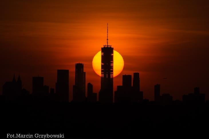 Zachód-Słońca-nad-Manhattanem